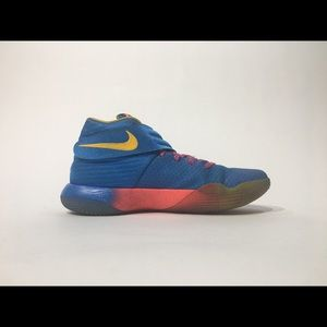 NIKE KYRIE 2 PROMO EYBL LIMITED EDITION SHOE